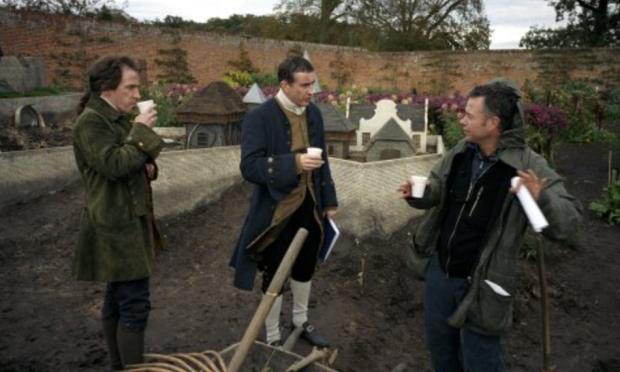 Winterbottom, à direita, dirige o filme do filme do livro.